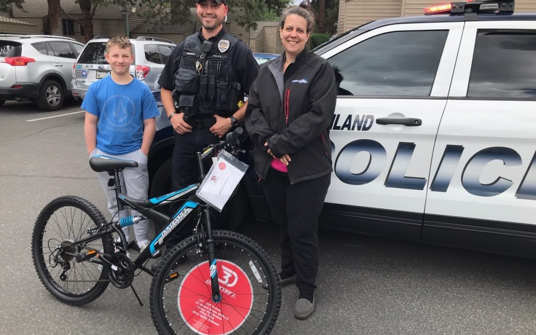 Officer Herrera & The Richland Police Department Foundation to the Rescue!